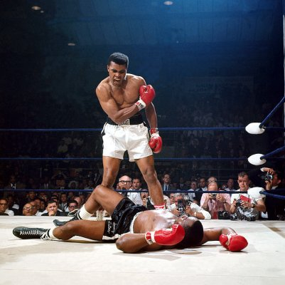 22 Most Iconic Sports Photos of All Time