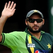 Shahid Afridi Announces Retirement