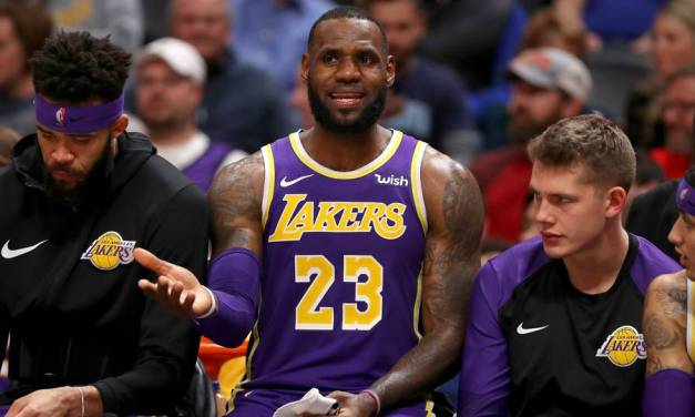 Lakers Savagely Trolled With 'One Shining Moment' Video