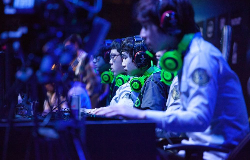 Betting on Sports or eSports, which do you prefer?