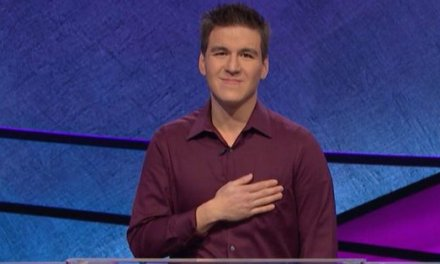 Professional Sports Bettor James Holzhauer Sets 'Jeopardy!' Record