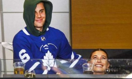 Justin Bieber and Fan Duke it Out Over Post About Maple Leafs