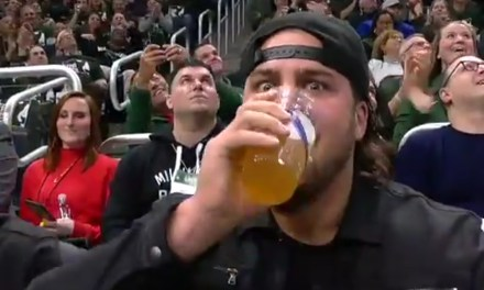 Packers OL David Bakhtiari Chugged Two Beers to Hype Up Bucks Fans