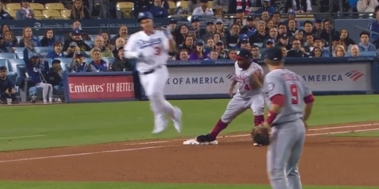 Joc Pederson Flipped Off Brian Dozier after He Was Robbed of a Base Hit