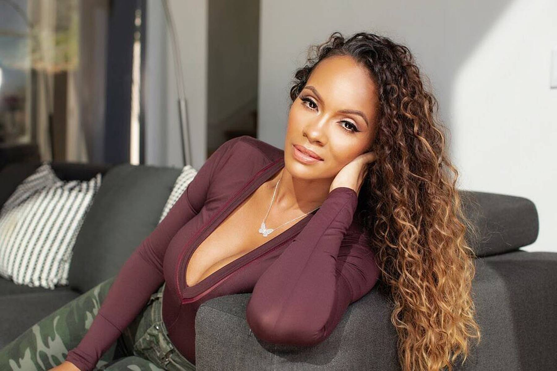 """Basketball Wives"" Star Evelyn Lozada Says She's Not Dating Rob Kardashian, But Would if Asked"