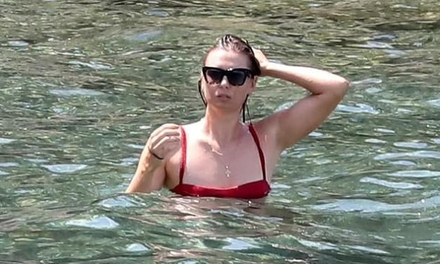 Maria Sharapova Hits the Beach After Wimbledon Exit