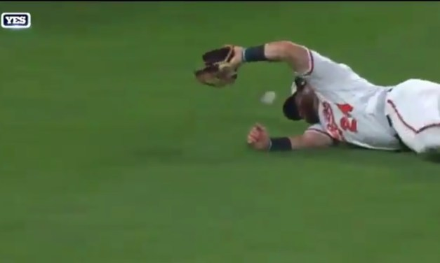 Orioles Outfielder Forced to Leave the Game After Taking a Fly Ball Off of His Head