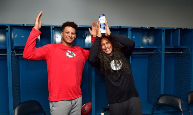 Patrick Mahomes Teams up With Troy Polamalu for Head & Shoulders Spot