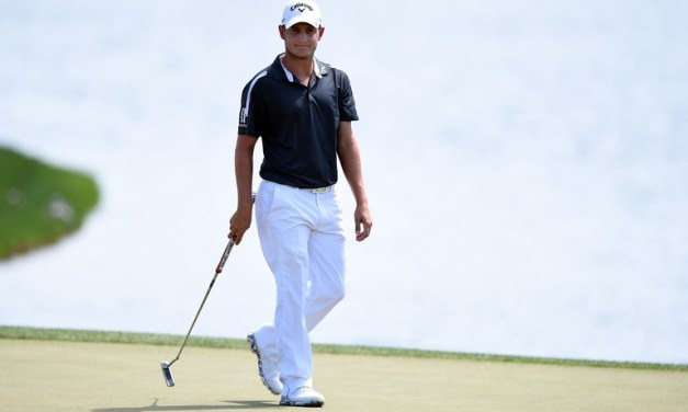 Emiliano Grillo Flips Off Hole After Missing Putt To Advance To Third Round