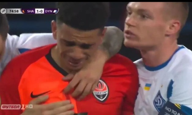 Soccer Player Cries After He is Kicked Out For Responding to Racist Chants
