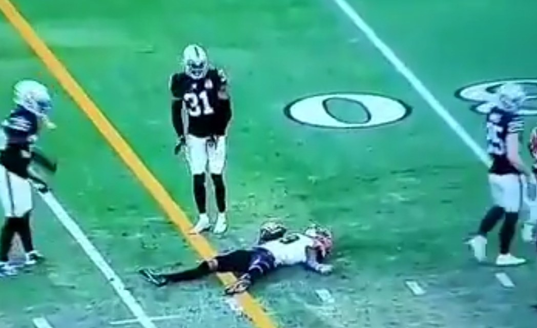 Auden Tate Stretchered Off the Field After Taking a Big Shot to the Head