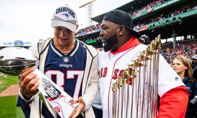 Gronk and Big Papi Get in a Gym Session on Thanksgiving