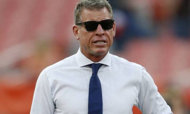 Troy Aikman Says Cowboys Need to Pay Dak Prescott