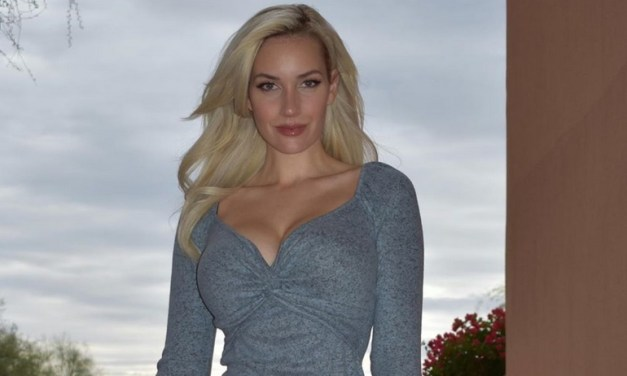 Golfer Paige Spiranac Wished You A Very Merry Christmas