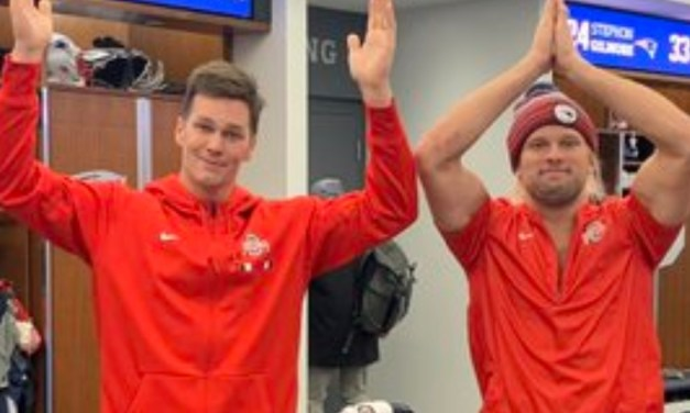 Tom Brady and Chase Winovich Put on Ohio State Gear After Losing Bet