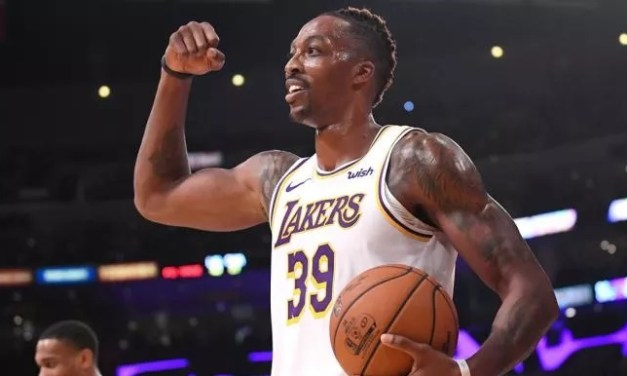 Dwight Howard Hit A Three-Pointer And NBA Twitter Erupted