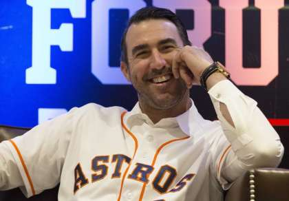 Justin Verlander Jokes About Astros Sign Stealing Scandal During His Cy Young Award Speech