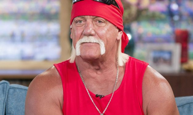 Hulk Hogan Shows Off His New Look After 10th Back Surgery