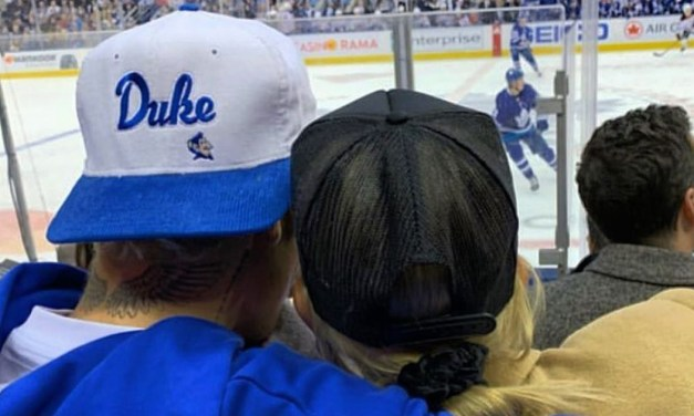 Justin Bieber and Wife Had an NHL Date Night