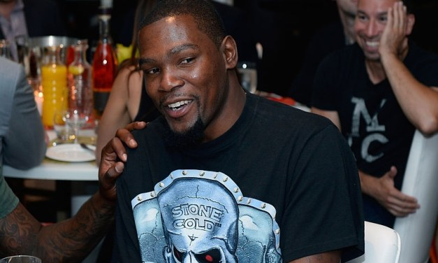 Kevin Durant Was Caught Commenting on IG Live Porn Shows While Under Quarantine
