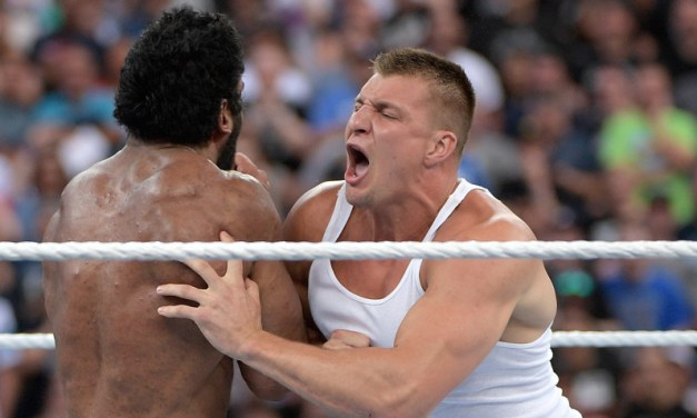 Gronk to Make WWE Debut on SmackDown Next Friday
