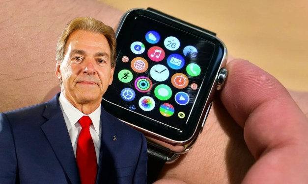 Alabama Issues Its Players Apple Watches
