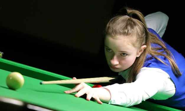 How to Hold a Pool Cue Stick Perfectly (3 Things to Consider)