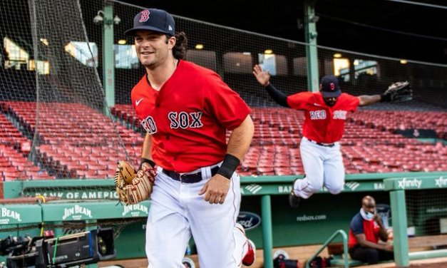 Red Sox send Benintendi to K.C. in 3-team deal