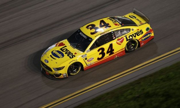 McDowell wins Daytona 500 amid last-lap 'chaos'