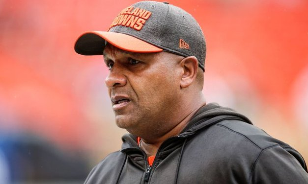 Ex-coach Jackson says Browns lied about plans