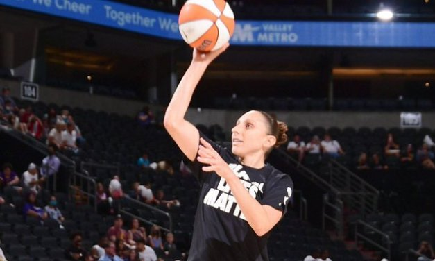 Taurasi becomes WNBA's first to top 9,000 points
