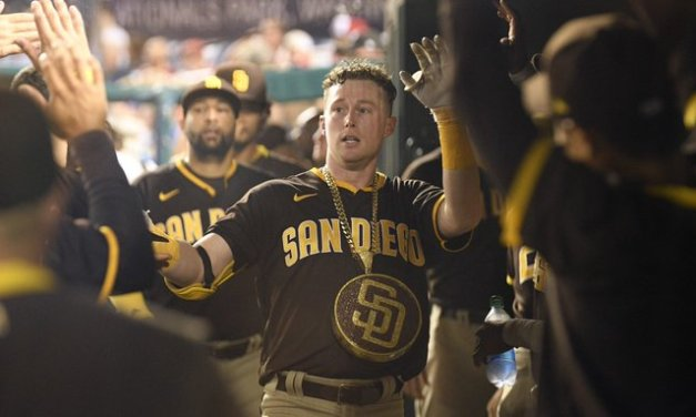 Cronenworth hits for cycle; Padres score 24 runs