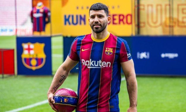 Aguero out 10 weeks in latest Barcelona setback
