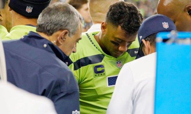 Wilson has 'badly sprained finger,' says Carroll
