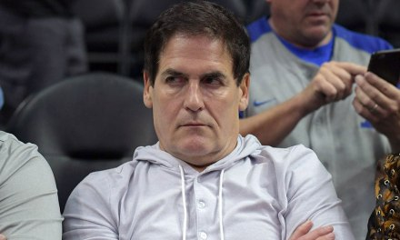 """Bar Employee Claims Mark Cuban Was """"Gropey"""" Night of Alleged Sexual Assault"""