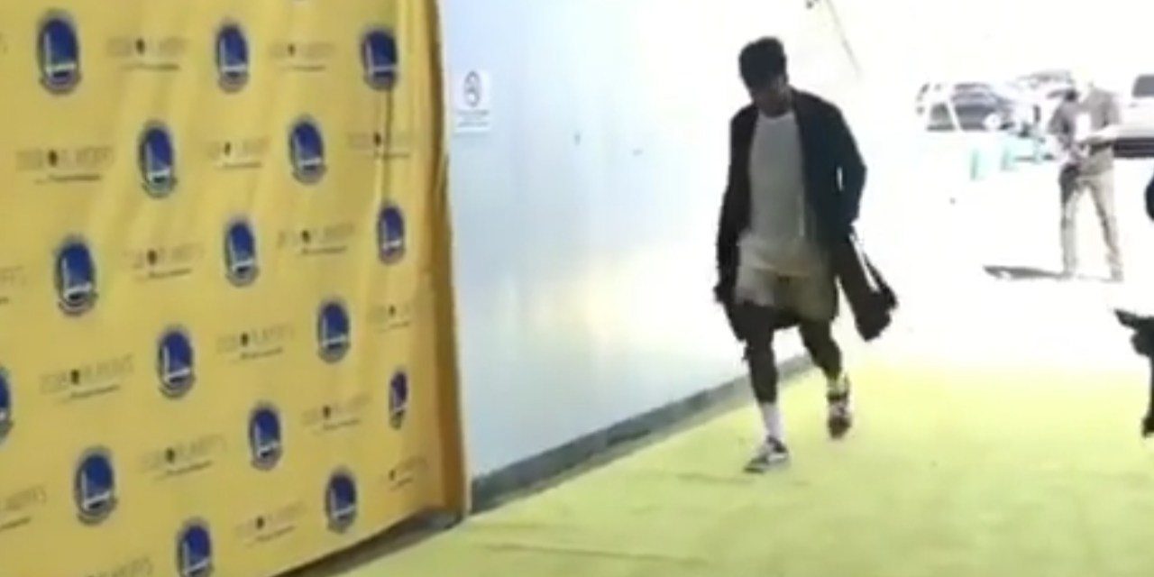 Nick Young Arrived for the Warriors Playoff Game in Silk Boxers and a Robe