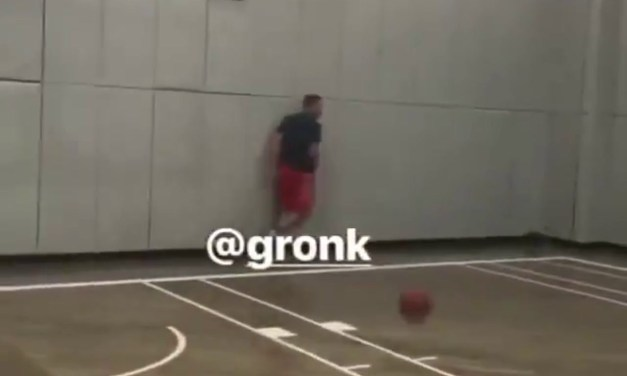 Gronk Can Still Dunk Hard