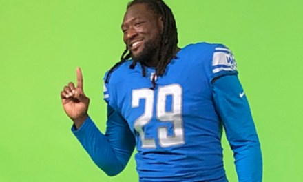 LeGarrette Blount is Really Proud of his Lions Media Day Photo Shoot