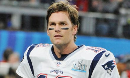 A Restaurant Manager Told Staff Tom Brady Was Coming In As a Test to See What Would Happen