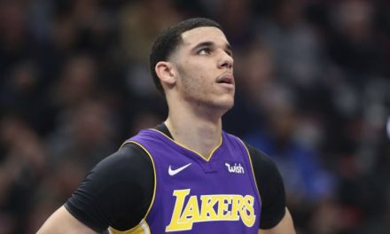 Lonzo Ball Faking His Torn Left Meniscus?