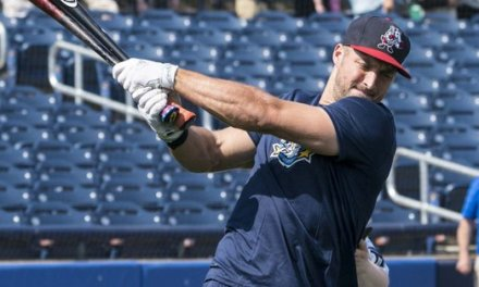 Tim Tebow Likely Done with Broken Bone in Hand