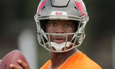 Jameis Winston Trying to Regain Trust of Fans