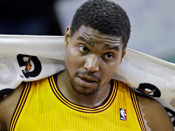 65c853ab19a Andrew Bynum Worked Out at the Lakers Facility as He Attempts NBA Comeback