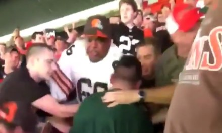 Fight Between Jets and Browns Fans Ends with an Interestingly Placed Hand
