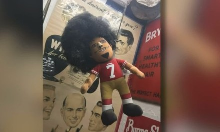 Barbershop Owner Apologizes for Hanging Kaepernick Doll from Noose