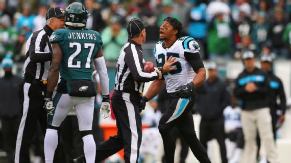 Eric Reid Calls Malcolm Jenkins 'Sellout' After On Field Scrap