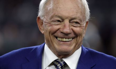 Jerry Jones Says He Wouldn't Even Sell Cowboys for $10 Billion