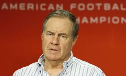 Belichick tight-lipped on Brady injury