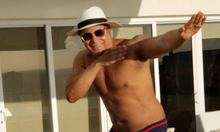 Sammy Sosa Had A Pool Day With His Family