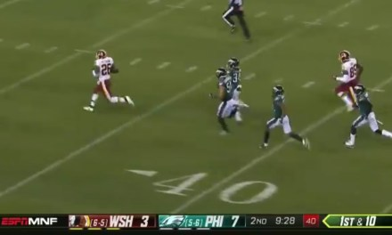 Adrian Peterson Outruns the Eagles Defense for a Career Long 90-Yard Touchdown Run